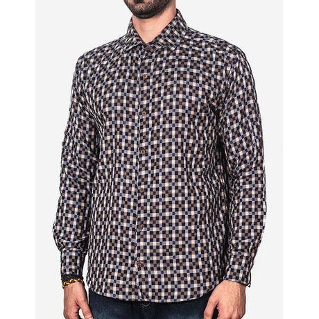 1-a-modelo-tshirt