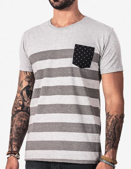1-T-shirt-listrada-bolso-poa-