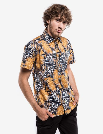 3-hover-hermoso-compadre-camisa-yellow-leafs-200342
