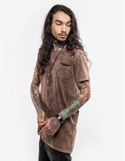 2-hover-camiseta-assimetrica-chocolate-stone-101700