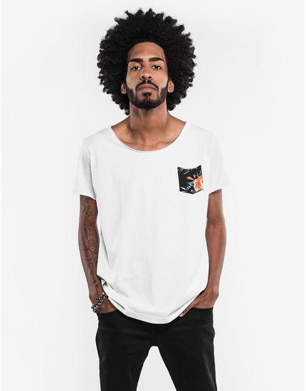 3-hover-hermoso-compadre-camiseta-branca-bolso-floral-canoa-101691