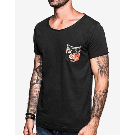 1-hermoso-compadre-t-shirt-gola-canoa-preta-bolso-floral-103481