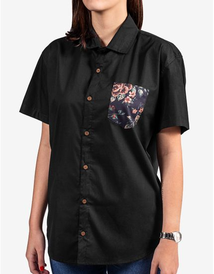 2-camisa-preta-bolso-floral-800067