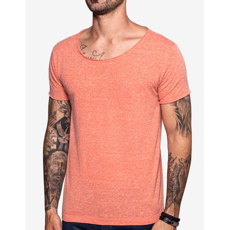 1-camiseta-gola-canoa-laranja-103556