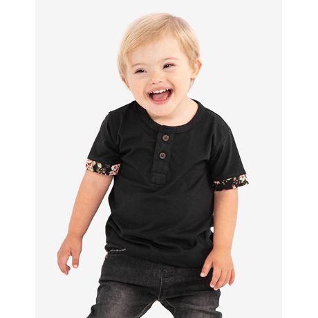 1-camiseta-henley-preta-detalhe-floral-ninos-500086