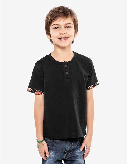 2-camiseta-henley-preta-detalhe-floral-ninos-500086