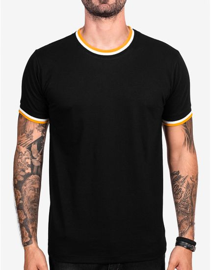 2-camiseta-preta-gola-listrada-103303