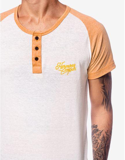 4-camiseta-henley-raglan-manga-amarela-103939