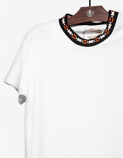 3-t-shirt-gola-etnica-branca-104023