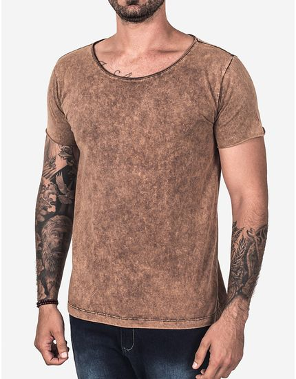 T-SHIRT-BASICA-CHOCOLATE-STONE-GOLA-CANOA-101930-Marrom-P