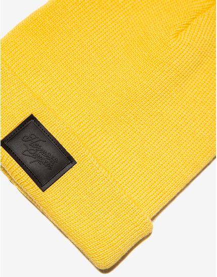 2-gorro-amarelo-300622