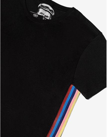 3-t-shirt-preta-com-listras-nas-laterais-104413