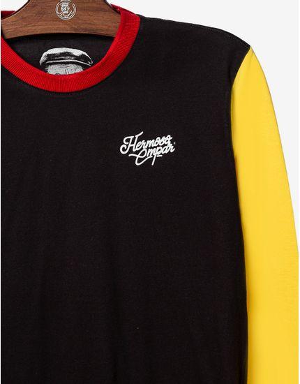 3-t-shirt-preta-manga-longa-azul-e-amarela-104416