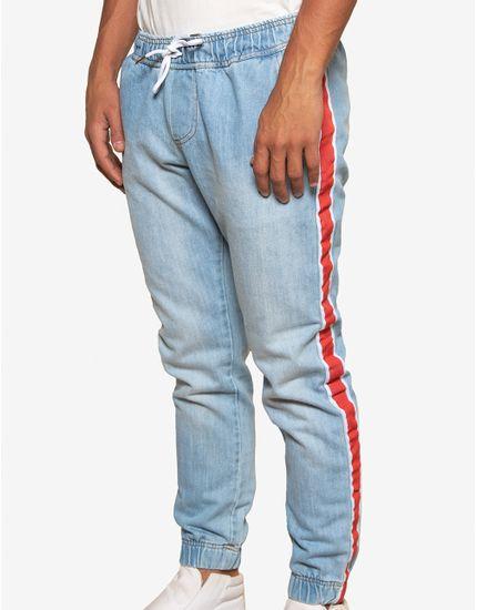 1-calca-jogger-jeans-com-listras-400190