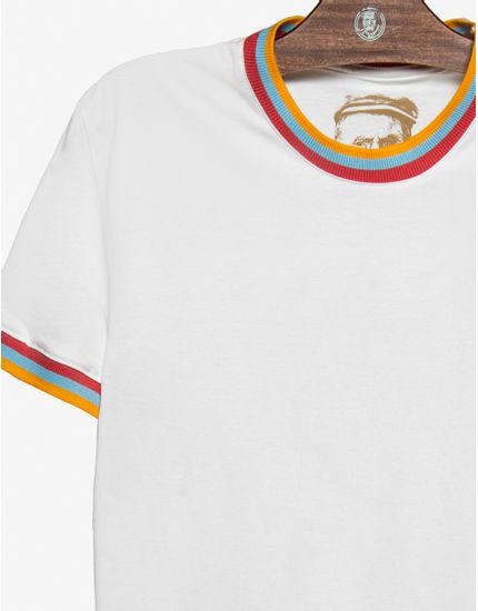 3-t-shirt-bege-gola-e-punhos-listrados-104567
